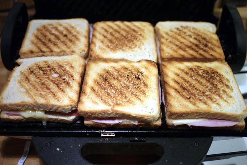 Toaster für schinken käse toast